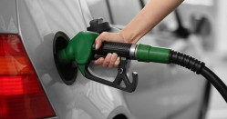 در صورت امکان سهمیه بنزین به ۱۰۰ لیتر افزایش یابد